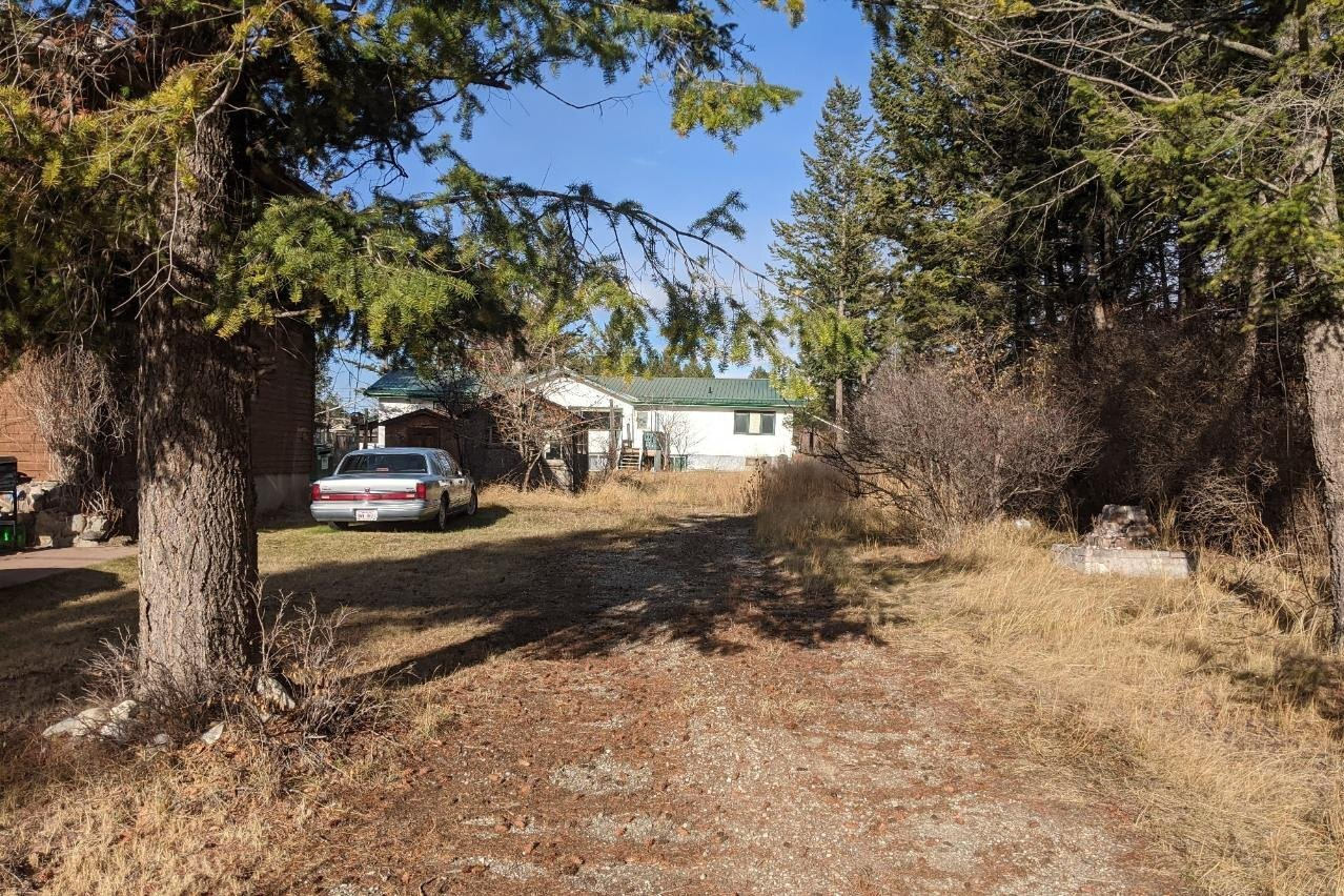 Home for sale at 4843 Mckay St Radium Hot Springs British Columbia - MLS: 2455380