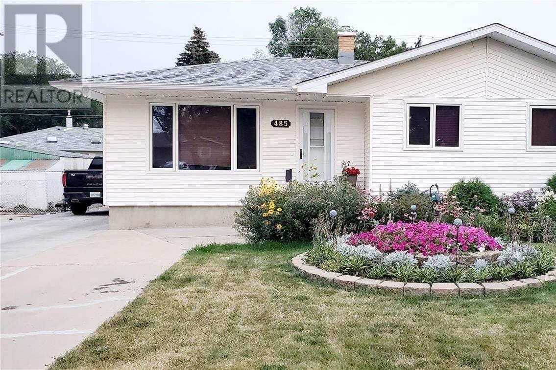 House for sale at 485 2nd Ave SE Swift Current Saskatchewan - MLS: SK826420