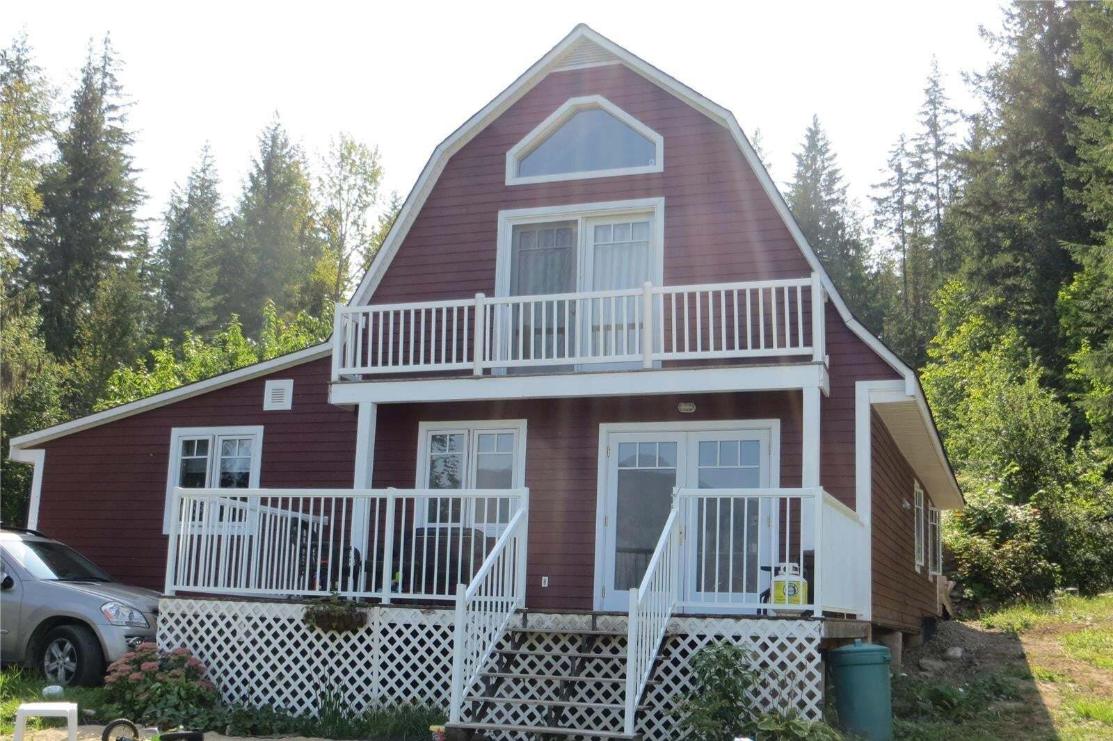 House for sale at 4856 Eagle Bay Rd Eagle Bay British Columbia - MLS: 10214758