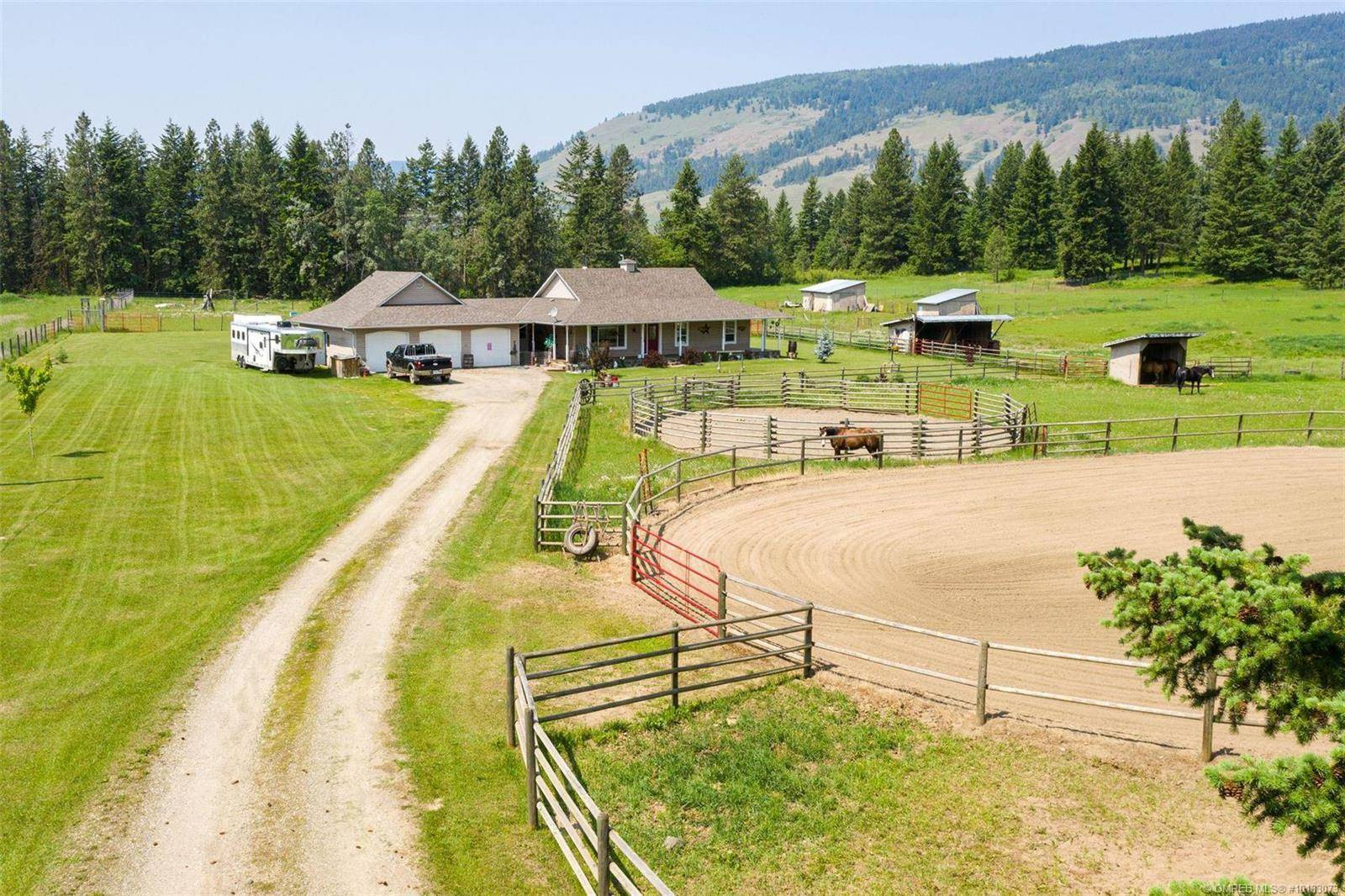House for sale at 4858 Salmon River Rd Armstrong British Columbia - MLS: 10183073