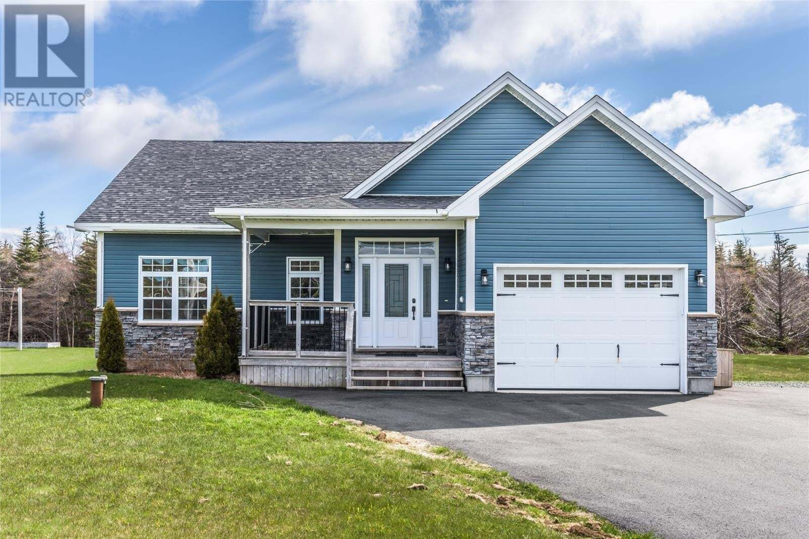 House for sale at 486 Pouch Cove Highway Hy Flatrock Newfoundland - MLS: 1214334