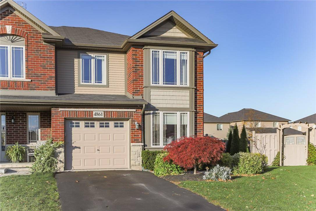 Townhouse for sale at 4861 Adam Ct Beamsville Ontario - MLS: H4067893