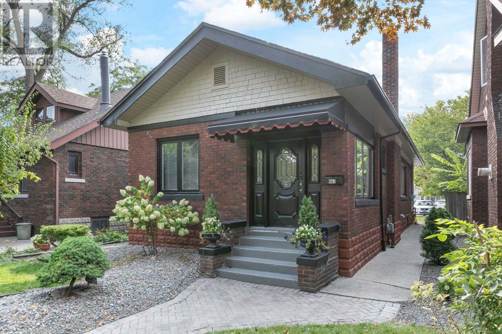 House for sale at 487 Askin Ave Windsor Ontario - MLS: 20012293