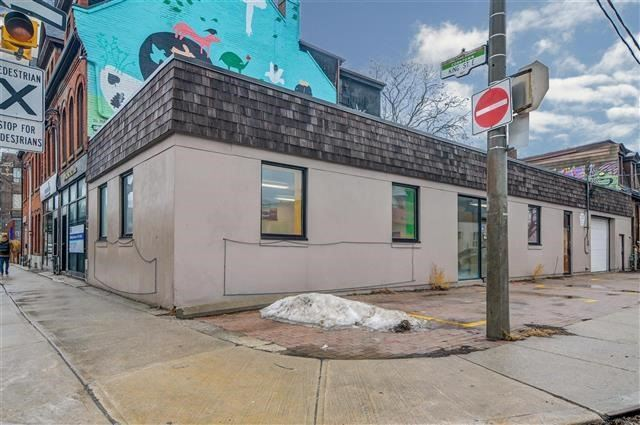 For Rent: 487 King Street, Toronto, ON | 2 Bath Property for $45. See 4 photos!