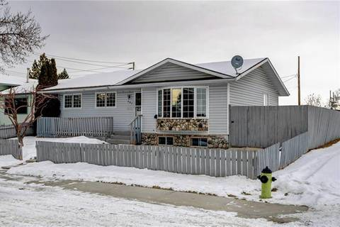 House for sale at 487 Penswood Rd Southeast Calgary Alberta - MLS: C4279642