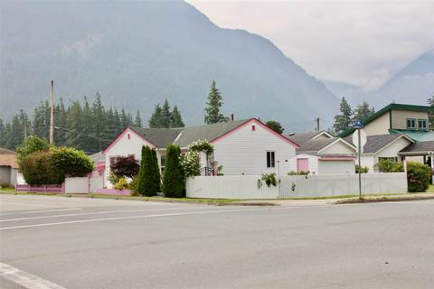 House for sale at 488 Coquihalla St Hope British Columbia - MLS: R2375071