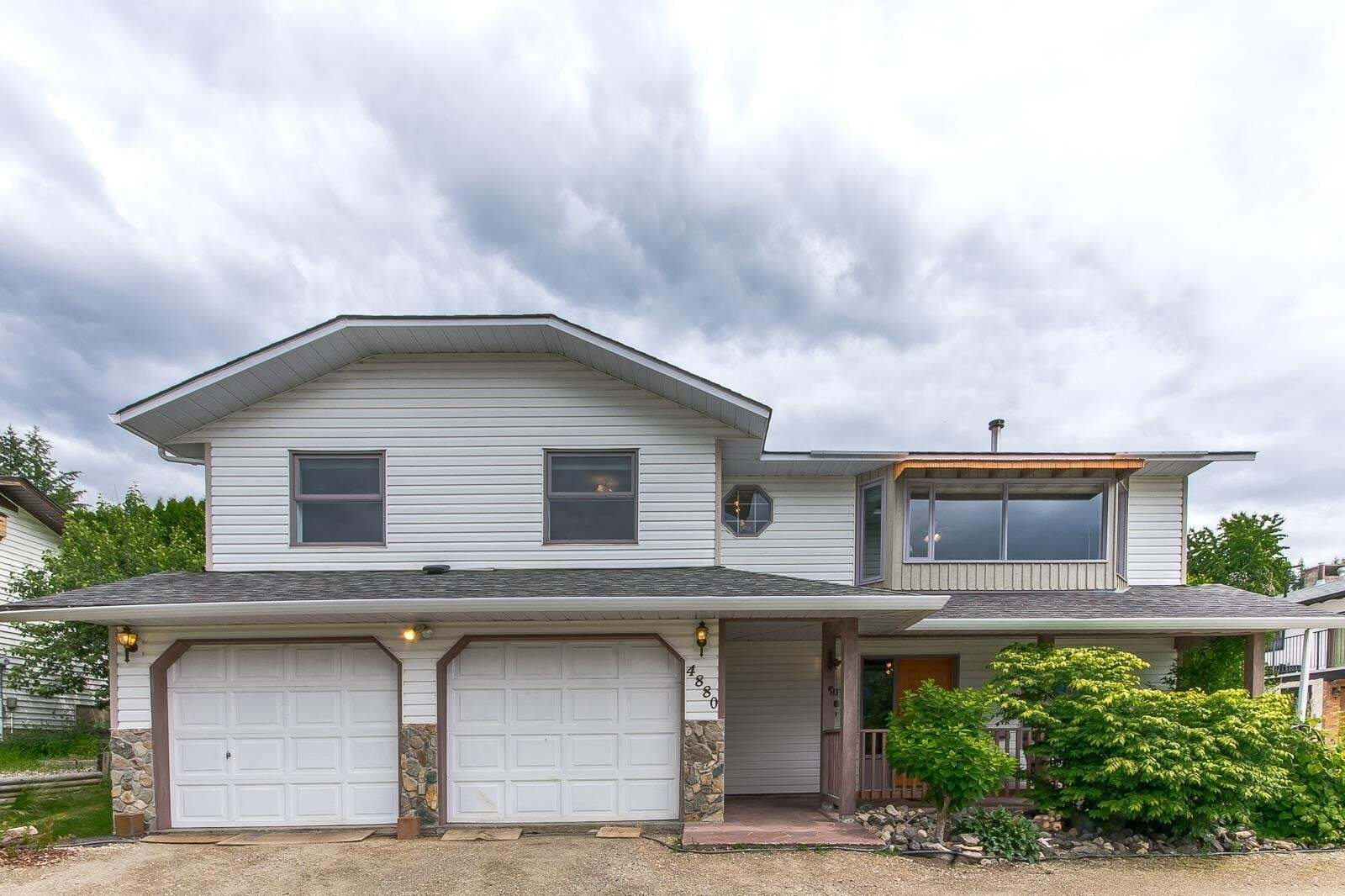 House for sale at 4880 14 St Northeast Salmon Arm British Columbia - MLS: 10207965