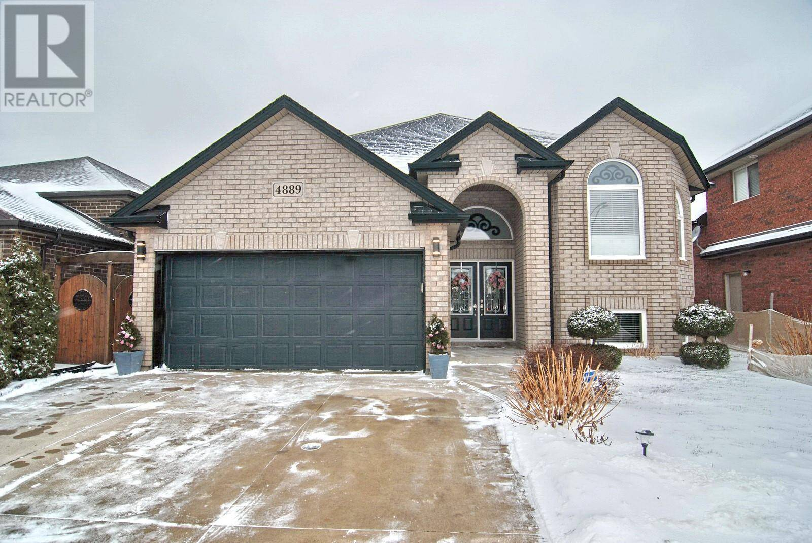 House for sale at 4889 Periwinkle  Windsor Ontario - MLS: 20001583