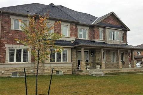 Townhouse for sale at 489 Queen Mary Dr Brampton Ontario - MLS: W4695584