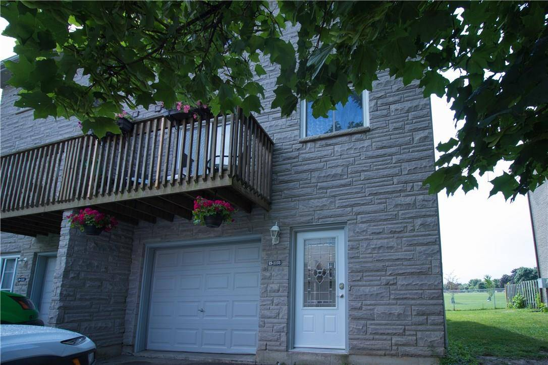 Townhouse for sale at 1155 Paramount Dr Unit 49 Stoney Creek Ontario - MLS: H4060527