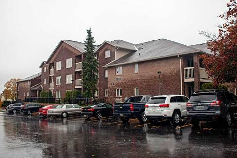 Condo for sale at 3050 Pinemeadow Dr Unit #49 Burlington Ontario - MLS: W4625560