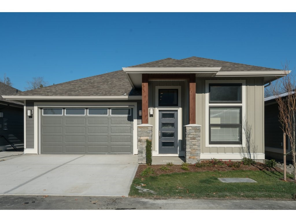 For Sale: 49 - 46110 Thomas Road, Chilliwack, BC | 2 Bed, 3 Bath House for $639,900. See 20 photos!