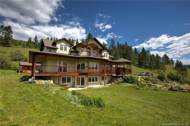 Home for sale at 49 Albers Rd Lumby British Columbia - MLS: 10218572