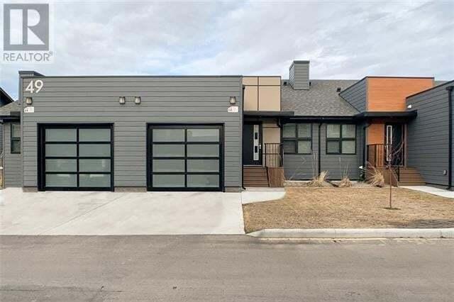 Townhouse for sale at 49 Aquitania Circ West Lethbridge Alberta - MLS: LD0188126