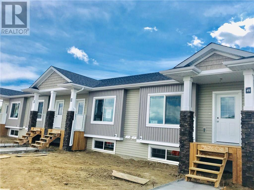 Townhouse for sale at 49 Athens Rd Blackfalds Alberta - MLS: ca0172528