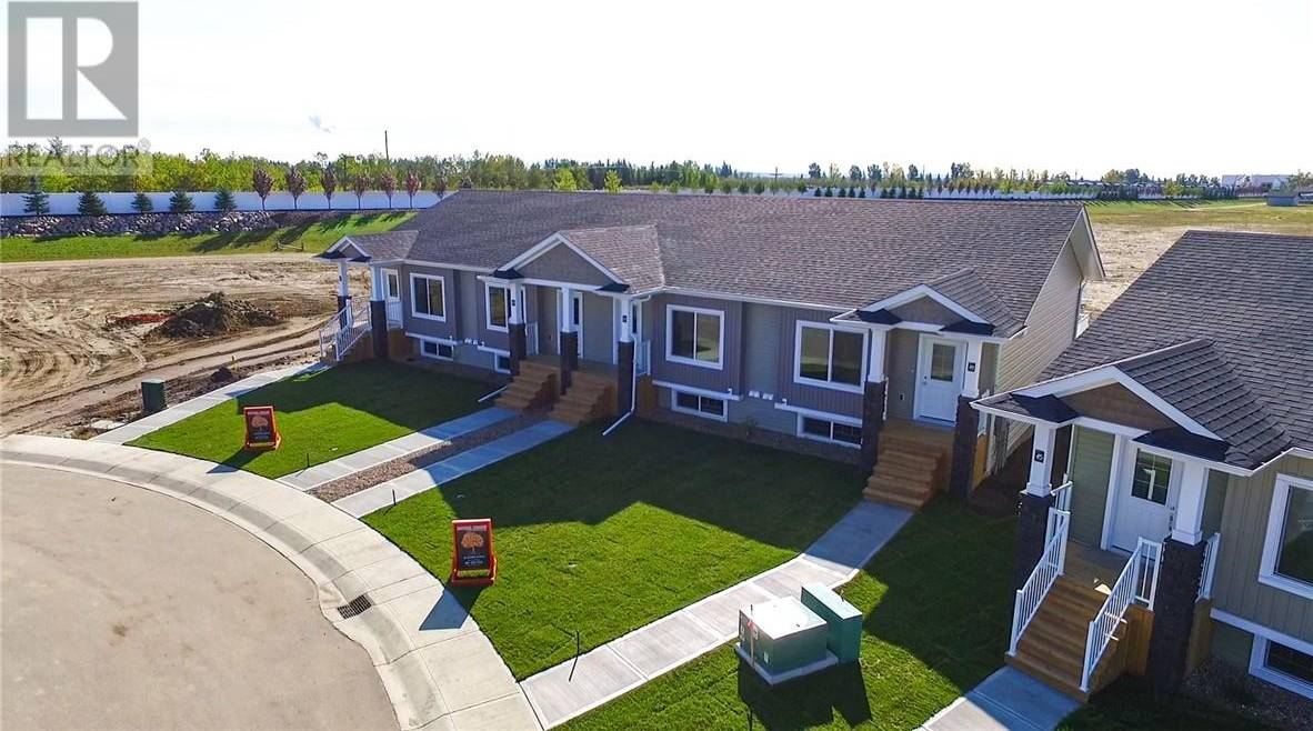 Townhouse for sale at 49 Athens Rd Blackfalds Alberta - MLS: ca0185502
