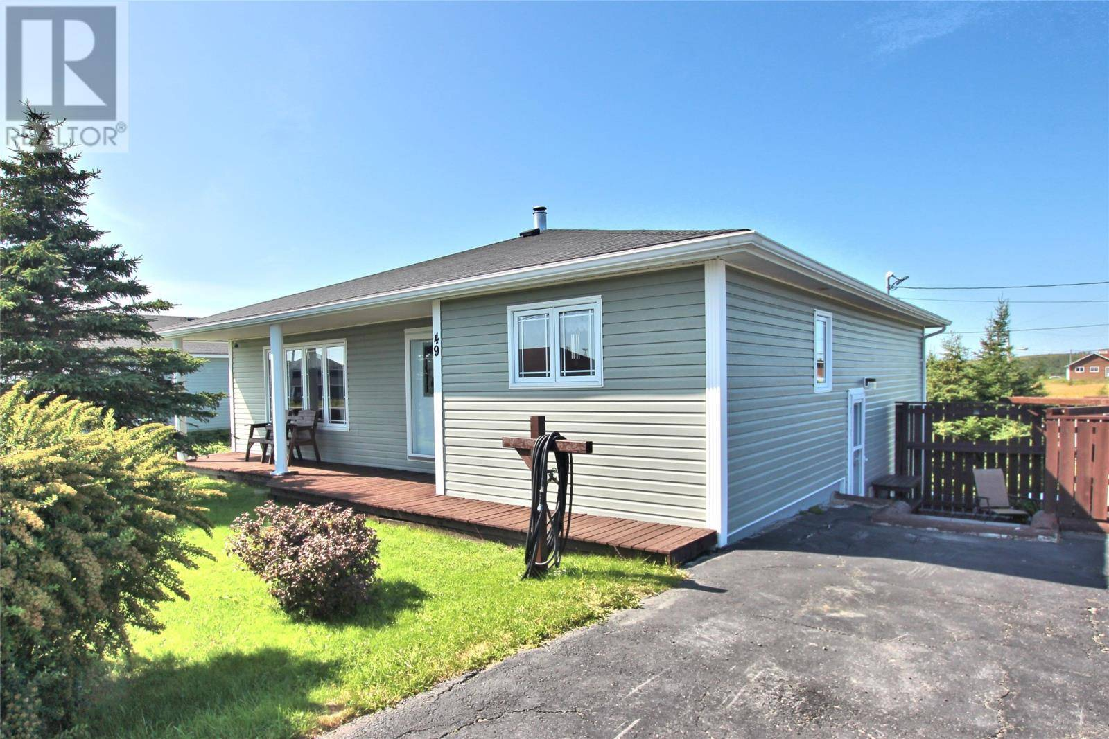 House for sale at 49 Bryants Cove Rd Upper Island Cove Newfoundland - MLS: 1213021