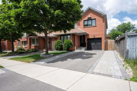 Townhouse for sale at 49 Fern Valley Cres Brampton Ontario - MLS: W4814871