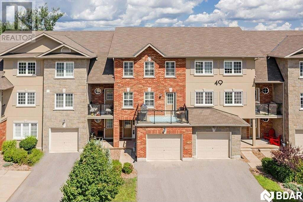 Townhouse for sale at 49 Ferndale Dr Barrie Ontario - MLS: 30826356