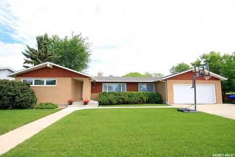 House for sale at 49 Jubilee Cres Melville Saskatchewan - MLS: SK801685