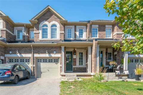 Townhouse for sale at 49 Kempsford Cres Brampton Ontario - MLS: W4927499