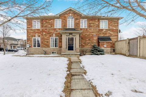 Townhouse for sale at 49 Mccrimmon Dr Brampton Ontario - MLS: W4697876