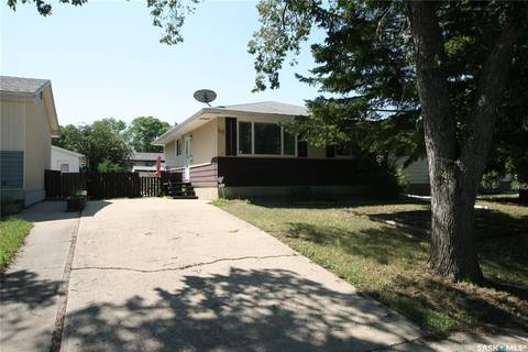 House for sale at 49 Mitchell Cres Regina Saskatchewan - MLS: SK782710