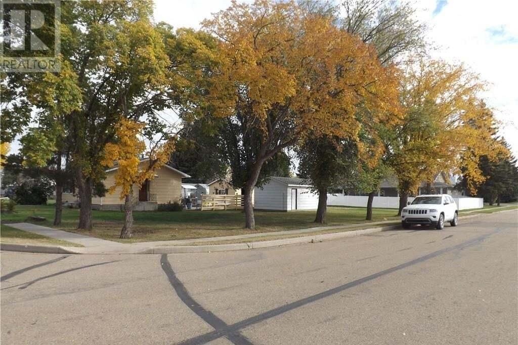 Home for sale at 4901 56 St Killam Alberta - MLS: ca0149333