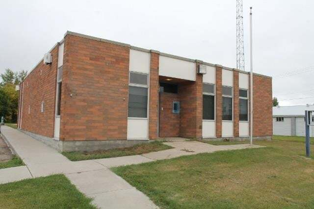 Commercial property for sale at 4904 50 Av Elk Point Alberta - MLS: E4173766