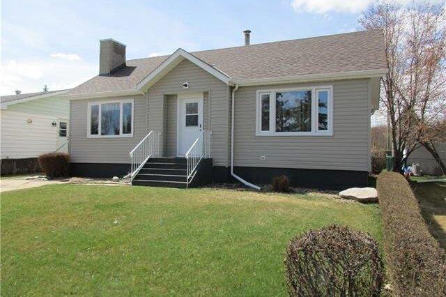 House for sale at 4906 46 St Stettler Alberta - MLS: CA0153125