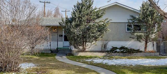 House for sale at 4908 30 Ave Southwest Calgary Alberta - MLS: C4243209