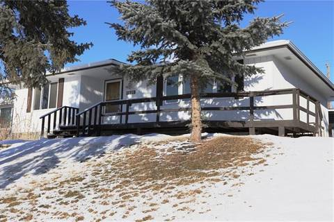 House for sale at 4908 Maryvale Dr Northeast Calgary Alberta - MLS: C4258615