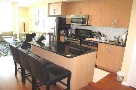 Apartment for rent at 65 Bremner Blvd Unit 4909 Toronto Ontario - MLS: C5086112