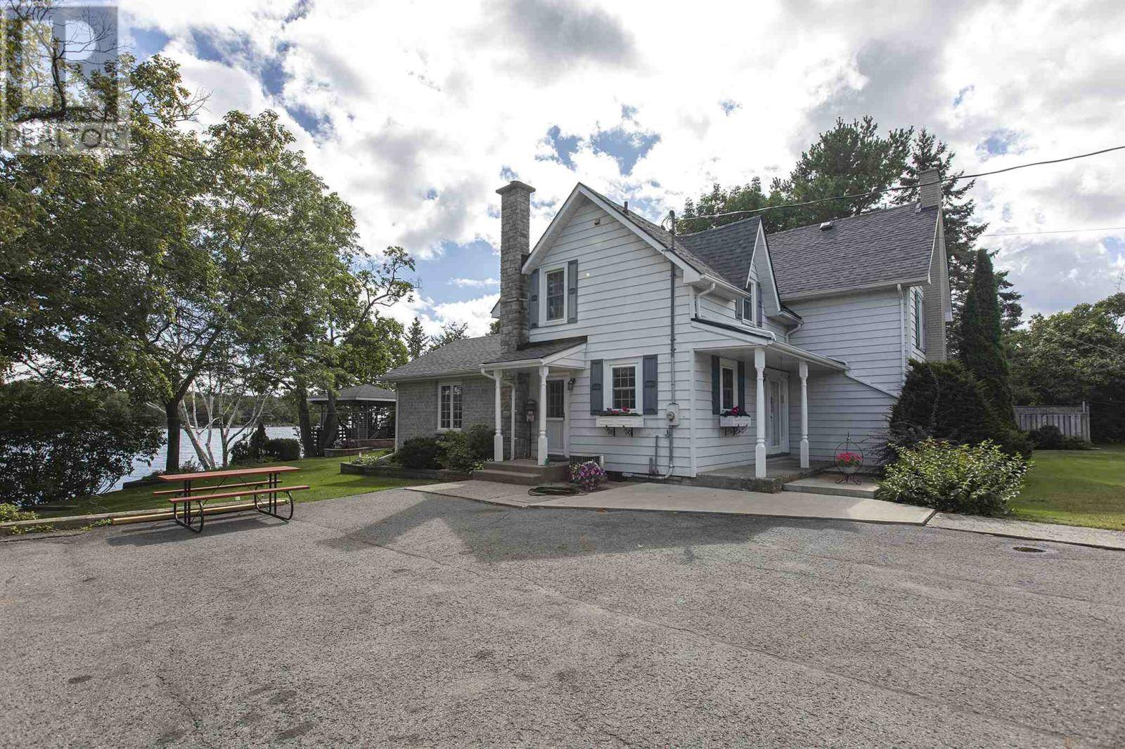 House for sale at 4914 Bath Rd Loyalist Ontario - MLS: K19005860