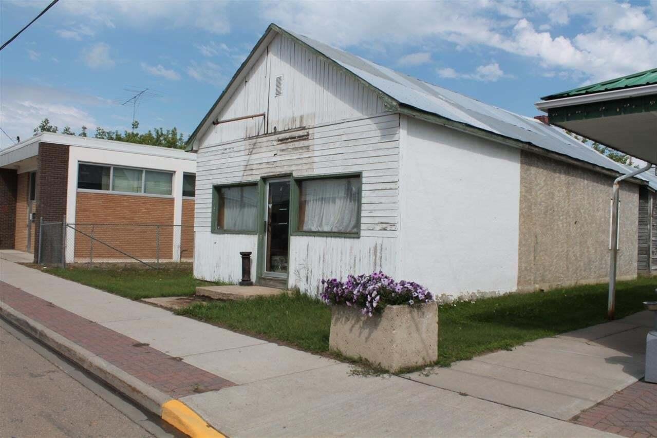 Commercial property for sale at 4918 50 Av Elk Point Alberta - MLS: E4025334