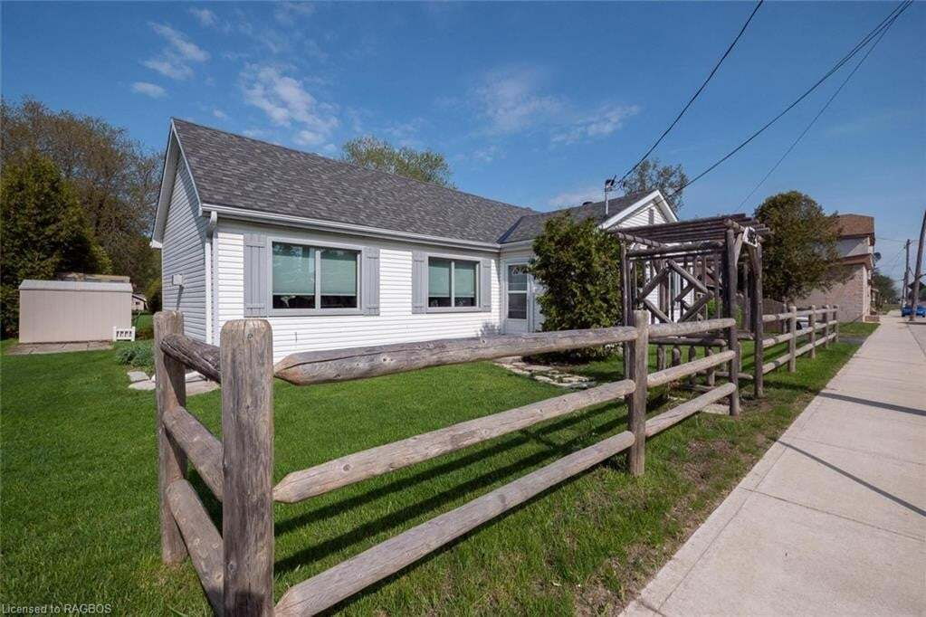 House for sale at 492 Bruce St South Bruce Peninsula Ontario - MLS: 261632