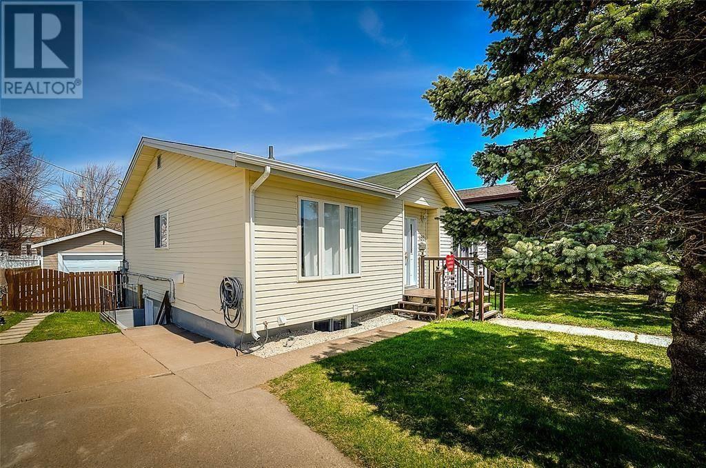 House for sale at 492 Newfoundland Dr St. John's Newfoundland - MLS: 1211387