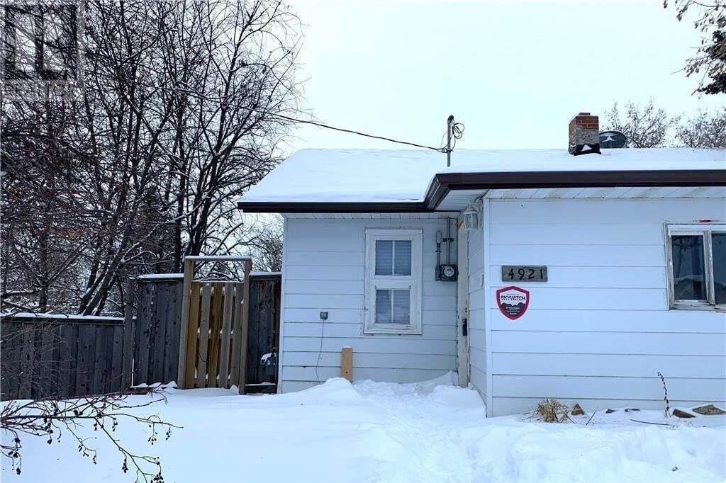 House for sale at 4921 52 Ave Berwyn Alberta - MLS: GP213904