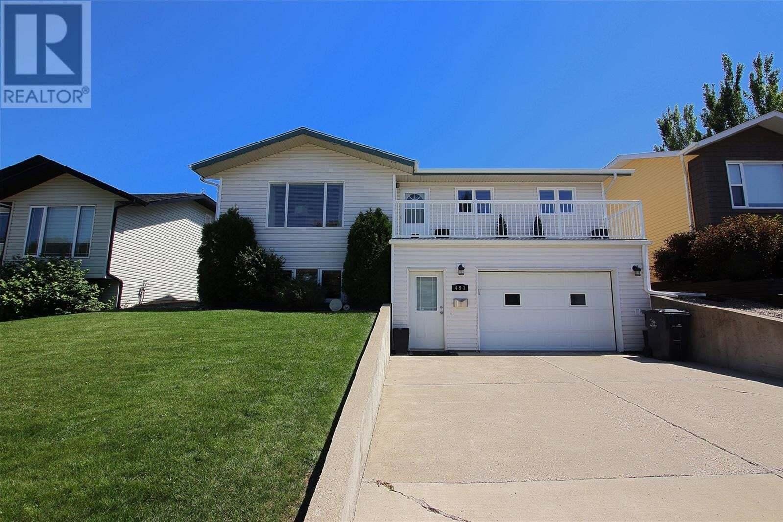 House for sale at 493 4th Ave SE Swift Current Saskatchewan - MLS: SK819626