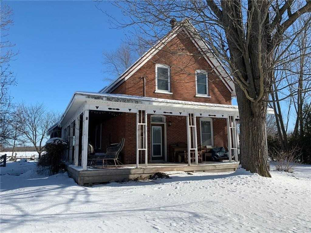 Inactive: 493 County Road 17 Road, Smiths Falls, ON
