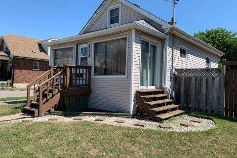 House for sale at 493 Drew St Oshawa Ontario - MLS: E5086756