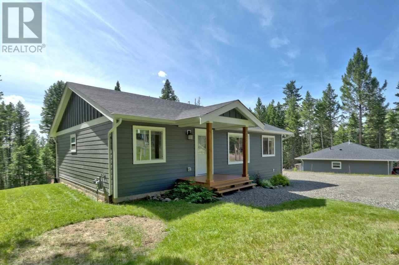 House for sale at 4942 Kyllo Rd 108 Mile Ranch British Columbia - MLS: R2472505