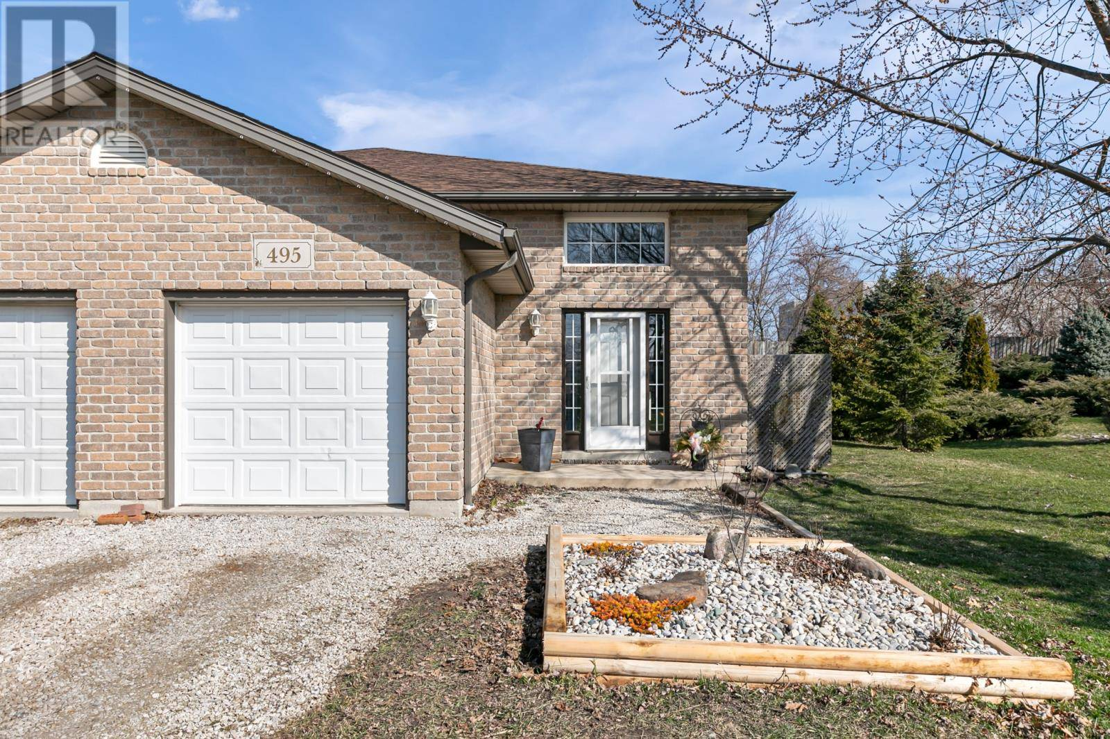 Townhouse for sale at 495 Railway  Belle River Ontario - MLS: 20003718