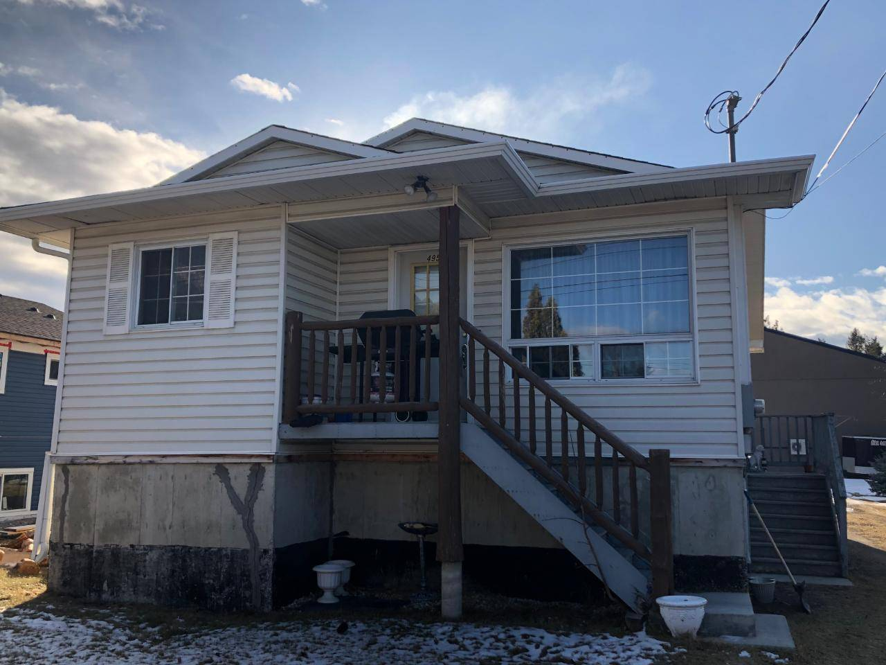 House for sale at 4954 Luck Avenue  Canal Flats British Columbia - MLS: 2450534