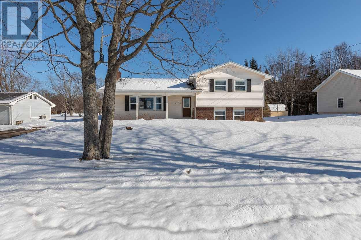 House for sale at 496 St. Peters Rd Charlottetown Prince Edward Island - MLS: 202005186