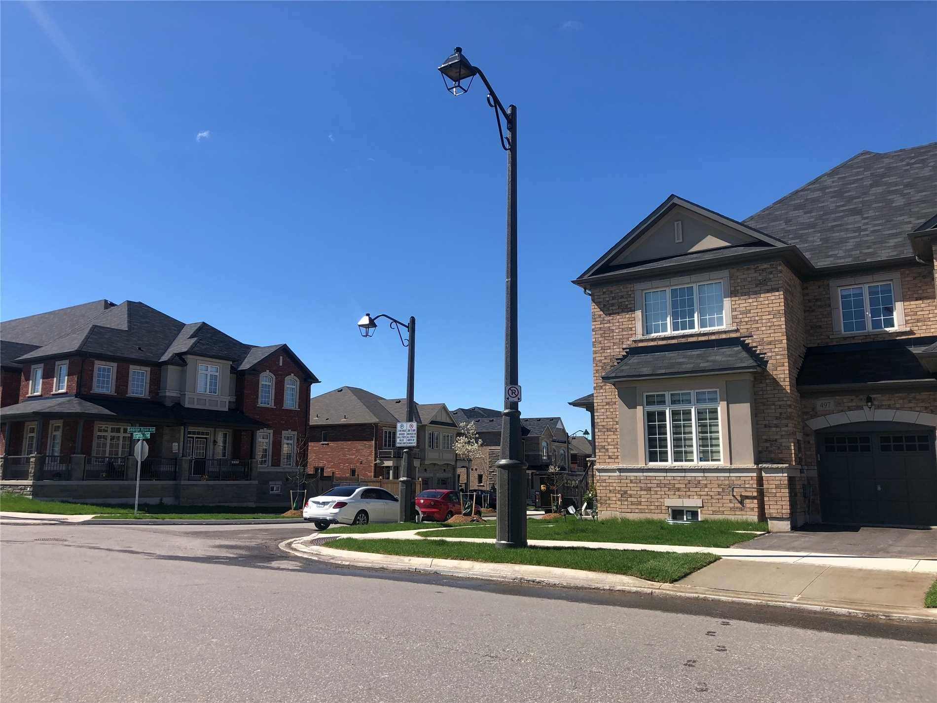 Townhouse for rent at 497 George Ryan Ave Oakville Ontario - MLS: W4457254