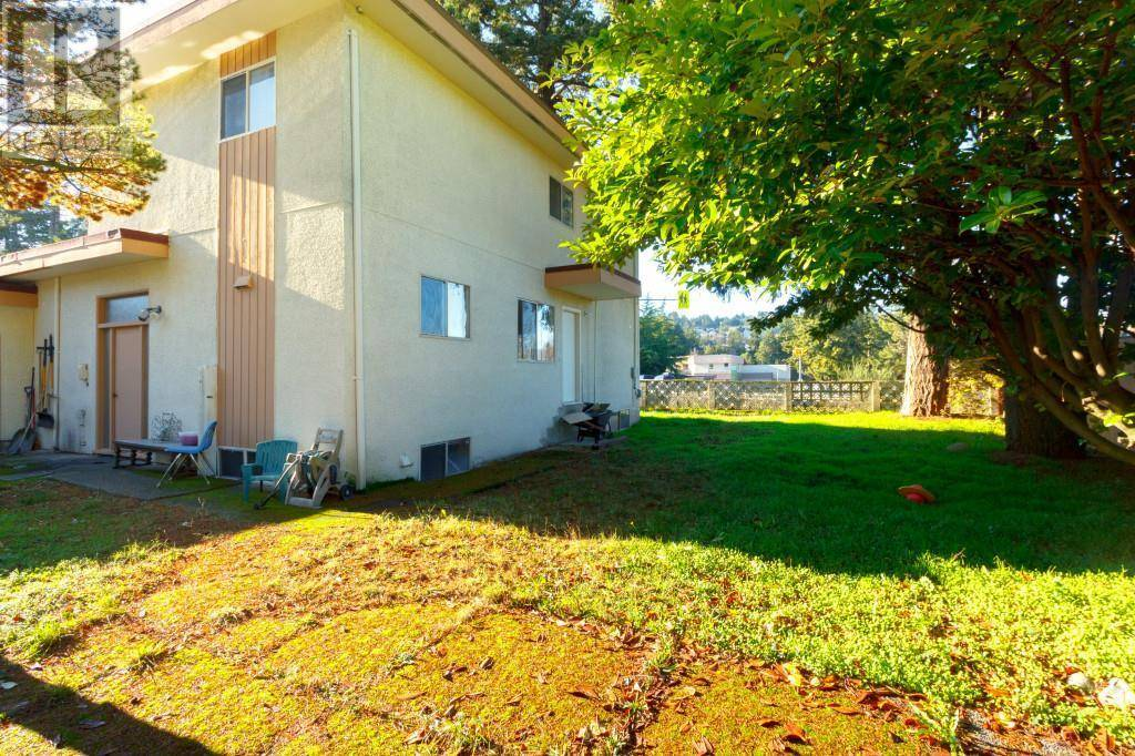 House for sale at 498 Owens Rd Victoria British Columbia - MLS: 419085
