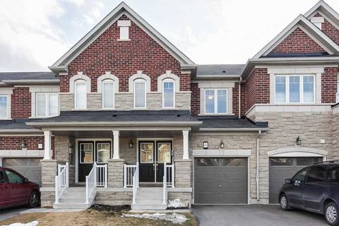 Townhouse for sale at 498 Queen Mary Dr Brampton Ontario - MLS: W4405915