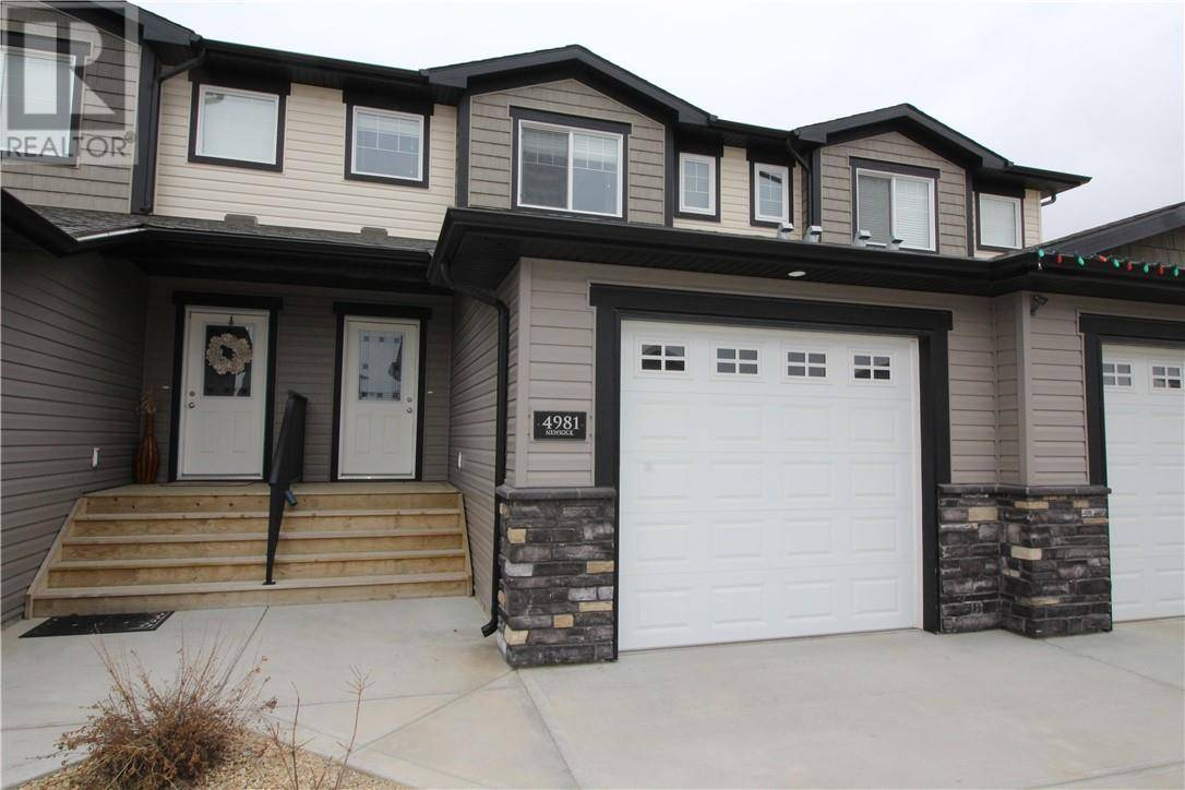 Townhouse for sale at 4981 Lakes Blvd Blackfalds Alberta - MLS: ca0186337