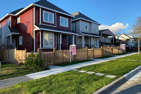 Townhouse for sale at 4987 Moss St Vancouver British Columbia - MLS: R2435615